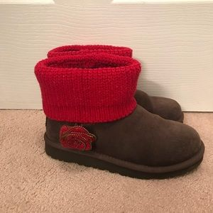 Special Edition Uggs Red & Brown Flower